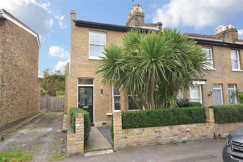 3 Bedrooms Mews House for sale in Blackheath Vale, London, SE3
