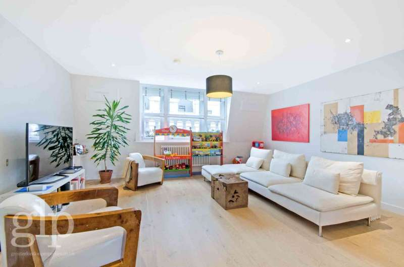 2 Bedrooms Flat for rent in Chandos Place, Covent Garden, WC2N