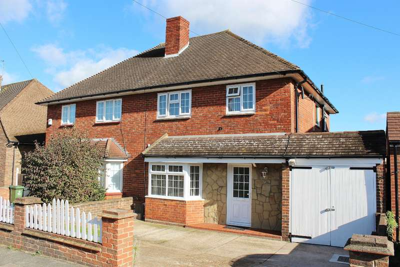 3 Bedrooms Semi Detached House for sale in Wycliffe Close, Welling, Kent, DA16 3LZ