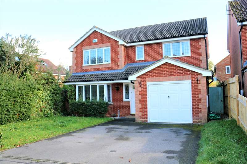 4 Bedrooms Detached House for sale in The Smithy, Bramley, Tadley, RG26