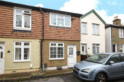 2 Bedrooms House for sale in Henry Street, Bromley