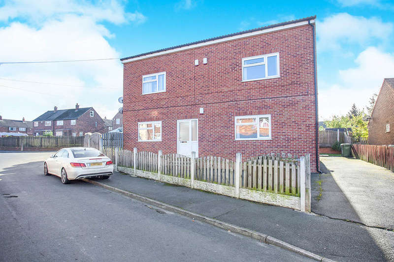 2 Bedrooms Flat for sale in Embleton Road, Methley, Leeds, LS26
