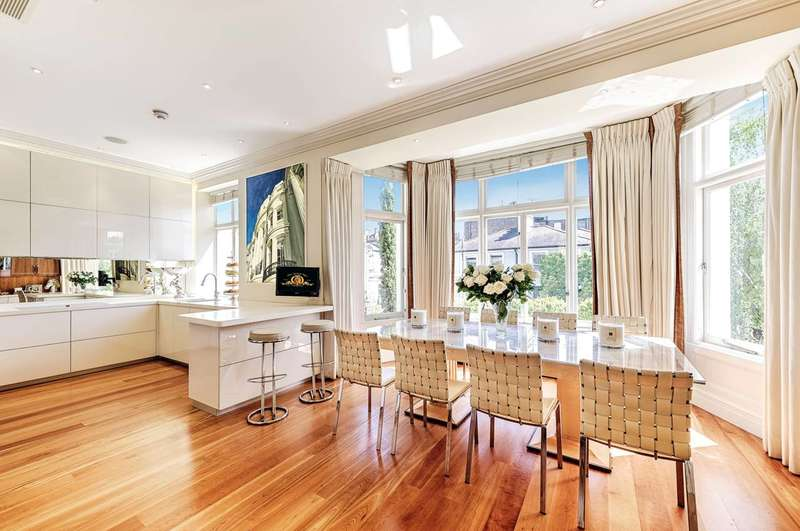5 Bedrooms Flat for sale in Victoria Road, Kensington, W8