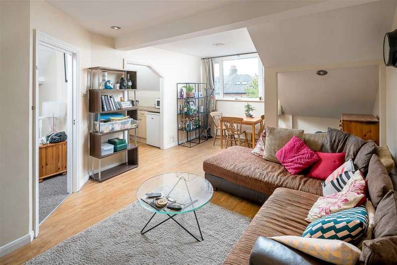 2 Bedrooms Apartment Flat for sale in Finsbury Park Road, London