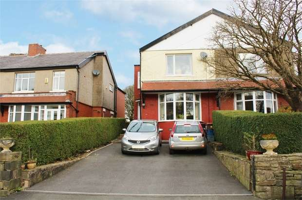 3 Bedrooms Semi Detached House for sale in Moseley Road, Burnley, Lancashire