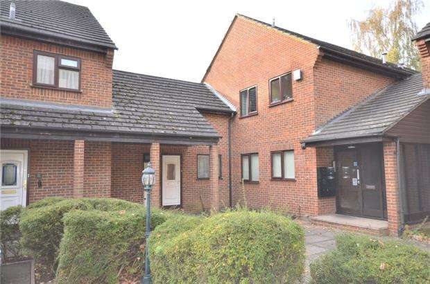 1 Bedroom Maisonette Flat for sale in Dolphin Court, Bracknell, Berkshire
