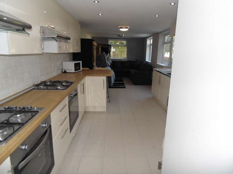 7 Bedrooms House for rent in Merthyr Street, Cathays, Cardiff