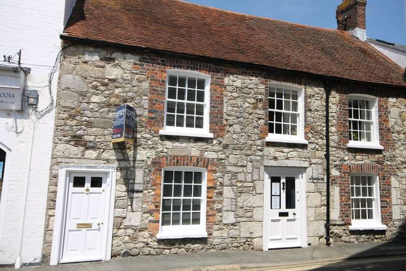 3 Bedrooms Terraced House for sale in Yarmouth, Isle of Wight