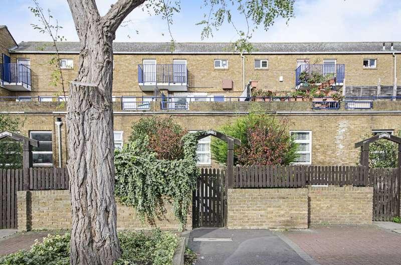 3 Bedrooms Maisonette Flat for sale in Broke Walk, London Fields, E8