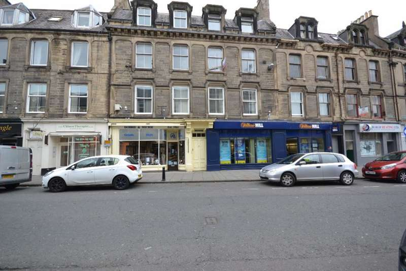 3 Bedrooms Flat for sale in 81/1, High Street Hawick, TD9 9BL