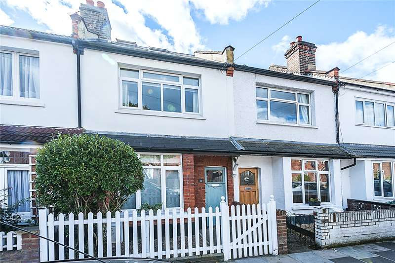 3 Bedrooms Terraced House for sale in Shacklegate Lane, Teddington, TW11