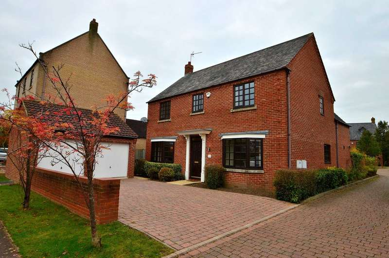4 Bedrooms Detached House for sale in Howe Court, Middleton