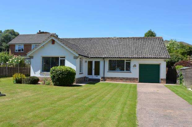 2 Bedrooms Detached Bungalow for sale in Woolbrook Park, Sidmouth, Devon