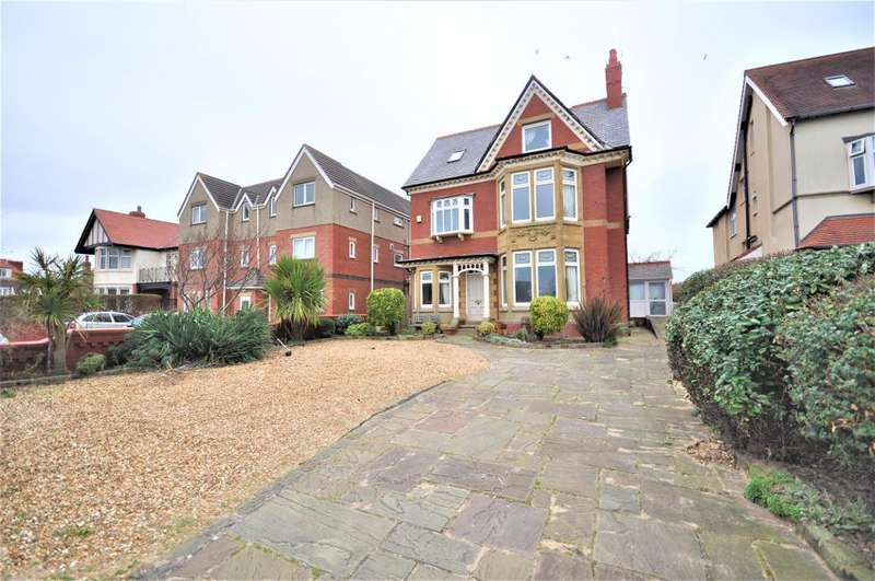 6 Bedrooms Detached House for sale in Clifton Drive North, St Annes, Lytham St Annes, Lancashire, FY8 2PS