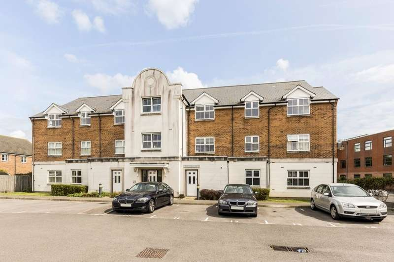 2 Bedrooms Flat for sale in Cotton Road, Portsmouth, PO3