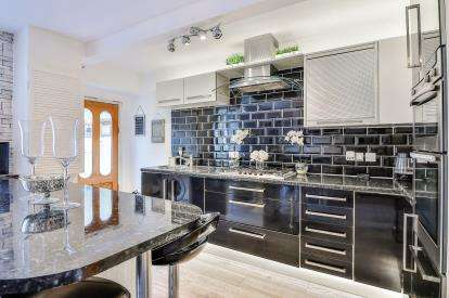 2 Bedrooms Terraced House for sale in Bridleway, Rossendale, Lancs, Lancashire, BB4