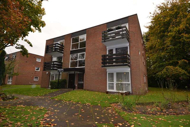 1 Bedroom Flat for sale in Wake Green Park, Moseley, Birmingham, B13