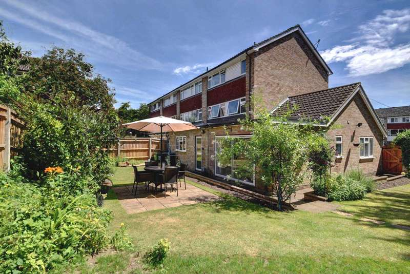 4 Bedrooms Semi Detached House for sale in Central Marlow