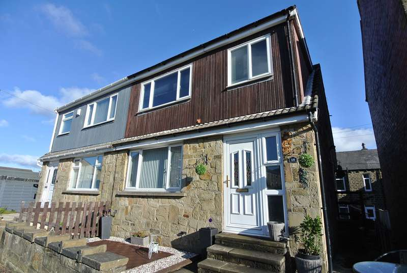 3 Bedrooms Semi Detached House for sale in Taylor Street, Golcar, Huddersfield, HD7
