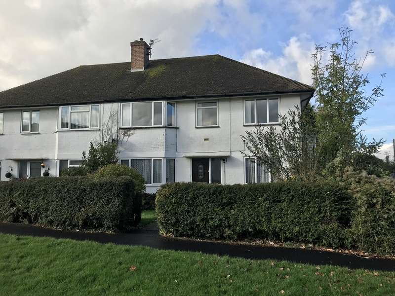 2 Bedrooms Maisonette Flat for sale in Tithepit Shaw Lane, Warlingham, CR6 9AP