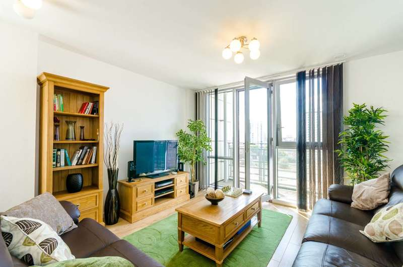 3 Bedrooms Flat for rent in Rick Roberts Way, Stratford, E15