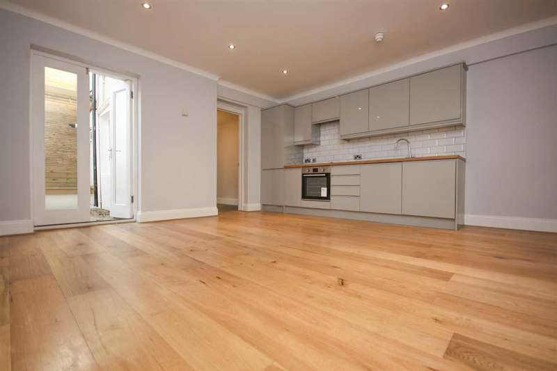 2 Bedrooms Flat for sale in College Road, Brighton