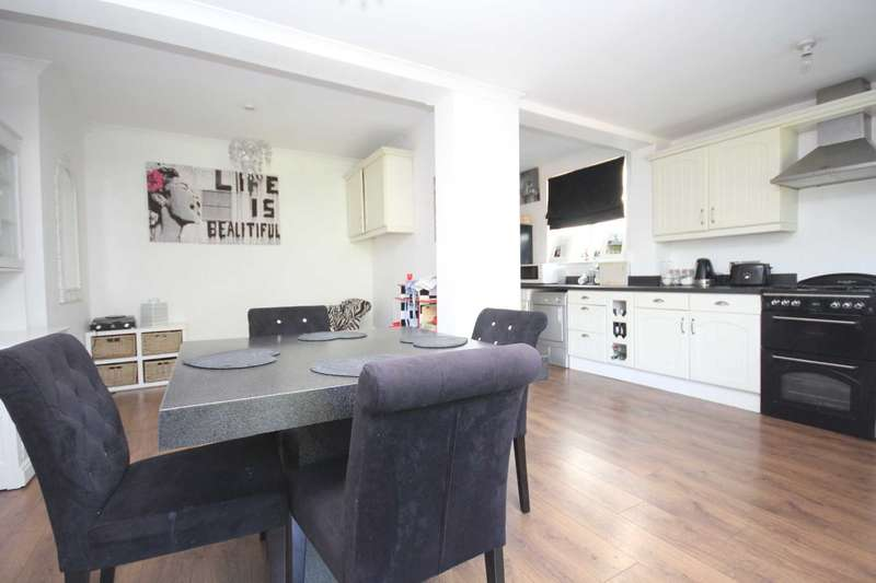 3 Bedrooms Semi Detached House for sale in Town Centre Brentwood