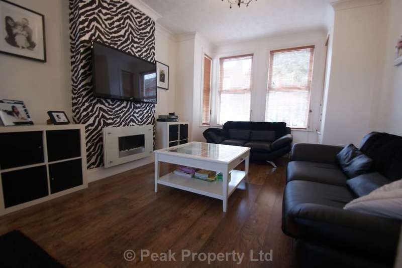 3 Bedrooms Semi Detached House for sale in LOVELY LARGE HOUSE St Anns Road, Southend On Sea