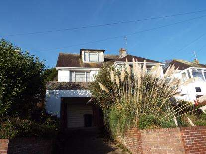 3 Bedrooms Bungalow for sale in Preston, Paignton