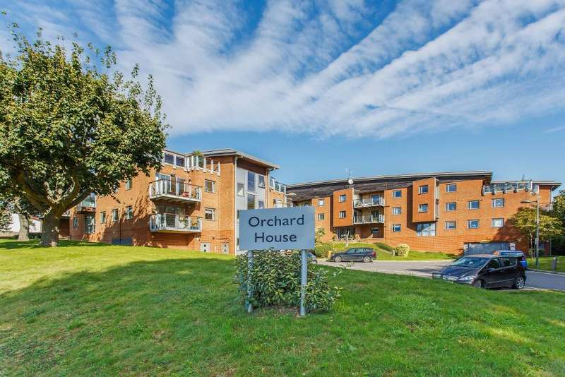 2 Bedrooms Apartment Flat for sale in Orchard House, Hove, East Sussex, BN3 7AW