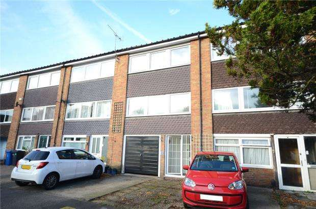 3 Bedrooms Terraced House for sale in Chantry Close, Windsor