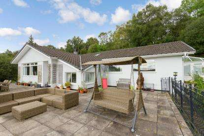 4 Bedrooms Bungalow for sale in Stuckenduff Road, Shandon