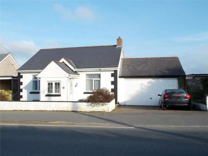 4 Bedrooms Detached Bungalow for sale in Victoria Road, Roche, Cornwall