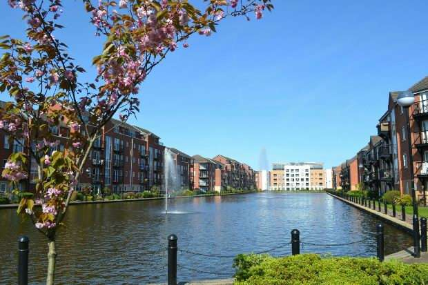 2 Bedrooms Apartment Flat for sale in City Quay, Ellerman Road, Liverpool