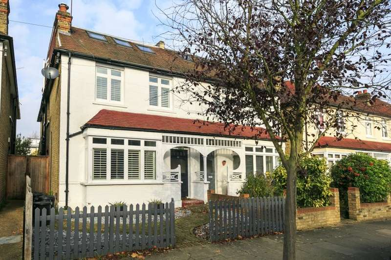 5 Bedrooms Semi Detached House for sale in Claremont Road, Teddington, TW11