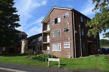 1 Bedroom Flat for sale in Charden Court, York Drive, Bitterne, Southampton