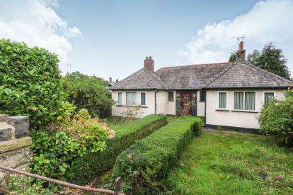 3 Bedrooms Bungalow for sale in Whinacres, Conwy, North Wales, LL32