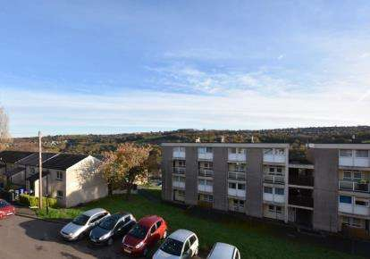 2 Bedrooms Flat for sale in Fairbarn Place, Sheffield, South Yorkshire