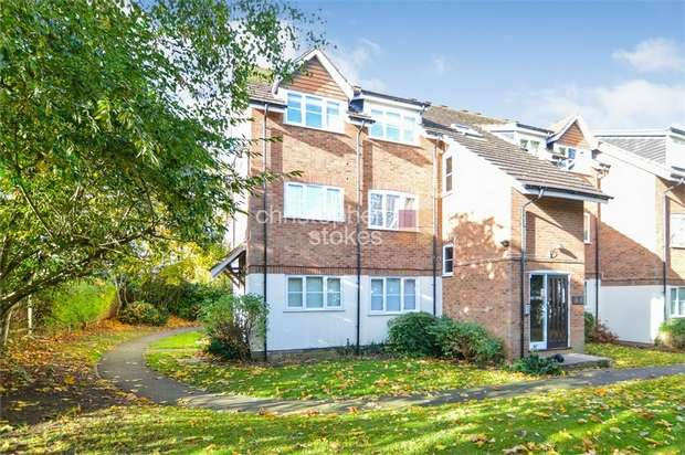 2 Bedrooms Flat for sale in Napier Court, 85 Flamstead End Road, Cheshunt, Hertfordshire