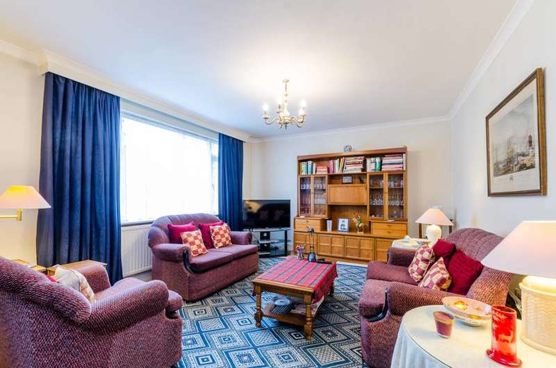 3 Bedrooms House for sale in Vibart Gardens, Brixton Hill, SW2