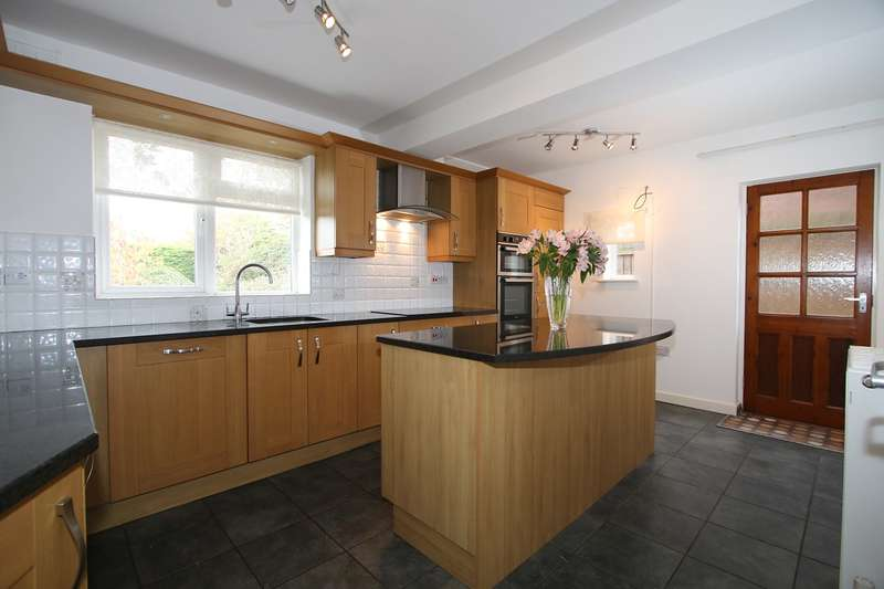 5 Bedrooms Detached House for rent in Summervale Road, Hagley, Stourbridge, DY9