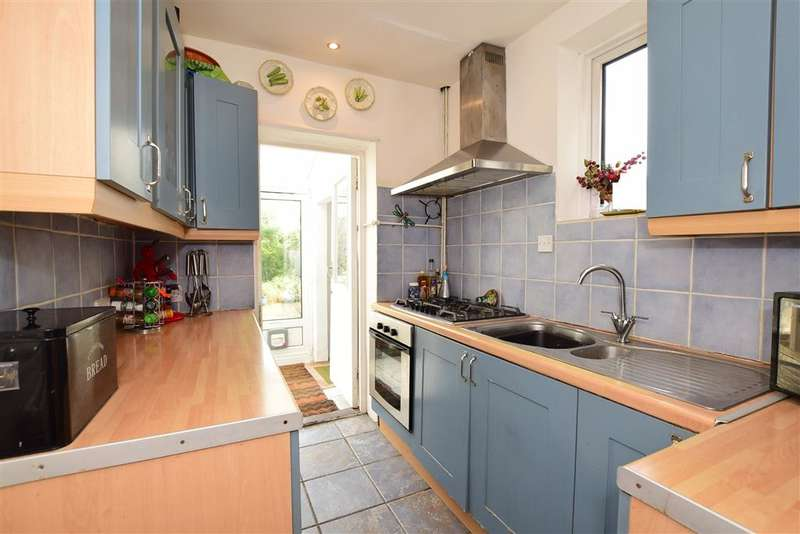 4 Bedrooms Semi Detached House for sale in Craignair Avenue, Patcham, Brighton, East Sussex