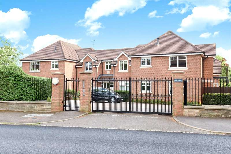 2 Bedrooms Apartment Flat for sale in Larchmont, Ladygate Lane, Ruislip, Middlesex, HA4