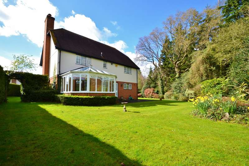 4 Bedrooms Detached House for sale in Holt Wood