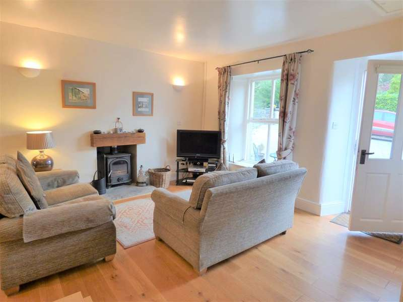 2 Bedrooms Cottage House for sale in Coach House Cottage,Buckden