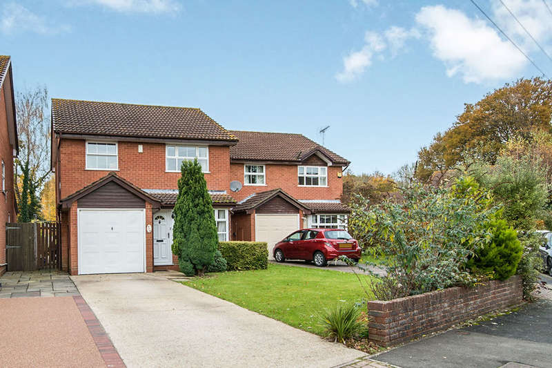 3 Bedrooms Detached House for sale in Chaffinch Close, Totton, Southampton, SO40