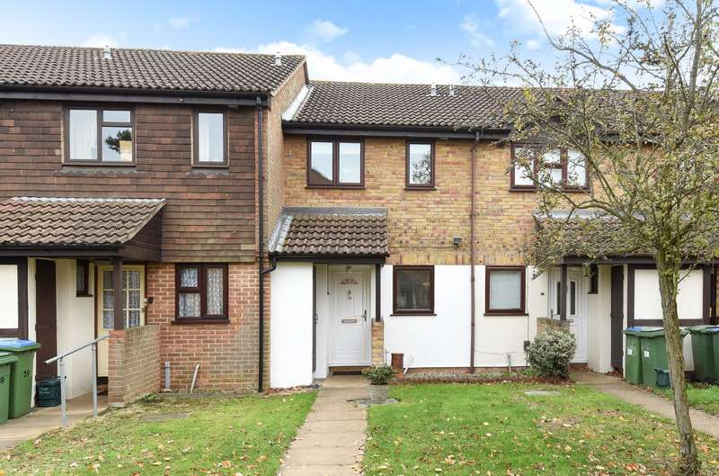 2 Bedrooms Terraced House for sale in Hersham