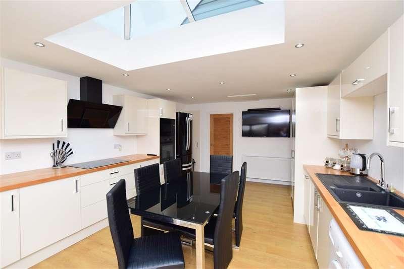 2 Bedrooms Detached Bungalow for sale in Chrysler Avenue, , Herne Bay, Kent