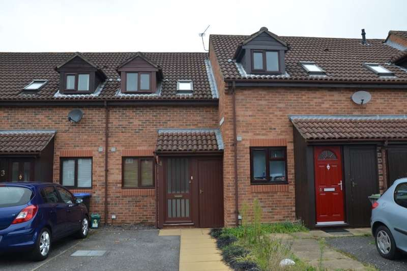 2 Bedrooms Property for sale in Rhodes Court Pooley Green Close, Egham, TW20