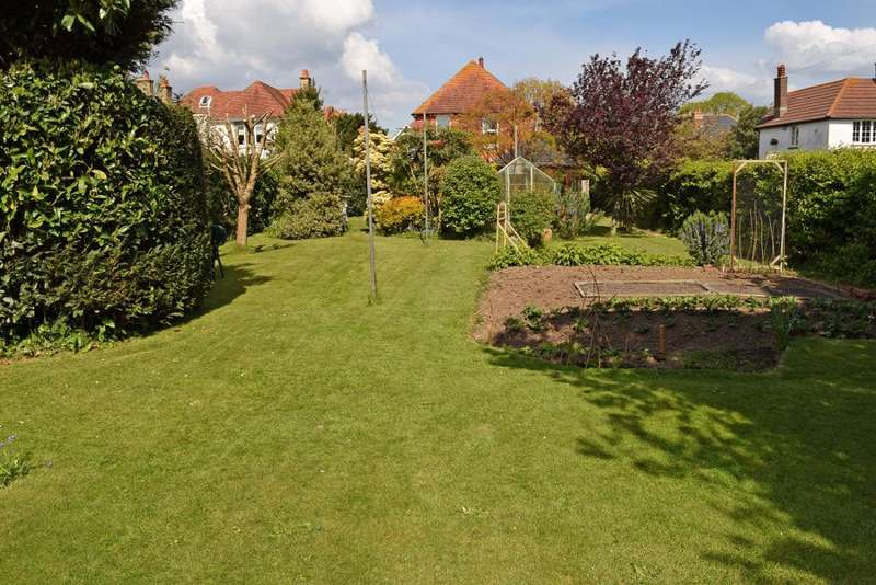 4 Bedrooms Detached House for sale in Steyne Road, Bembridge, Isle of Wight, PO35 5UL